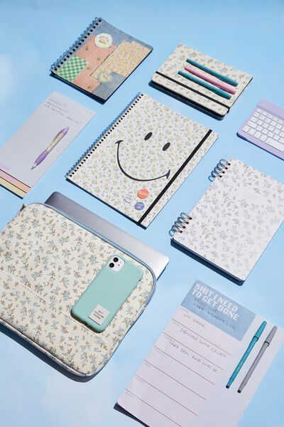 A4 Spinout Notebook Recycled, LCN SMI SMILEY DITSY FLORAL
