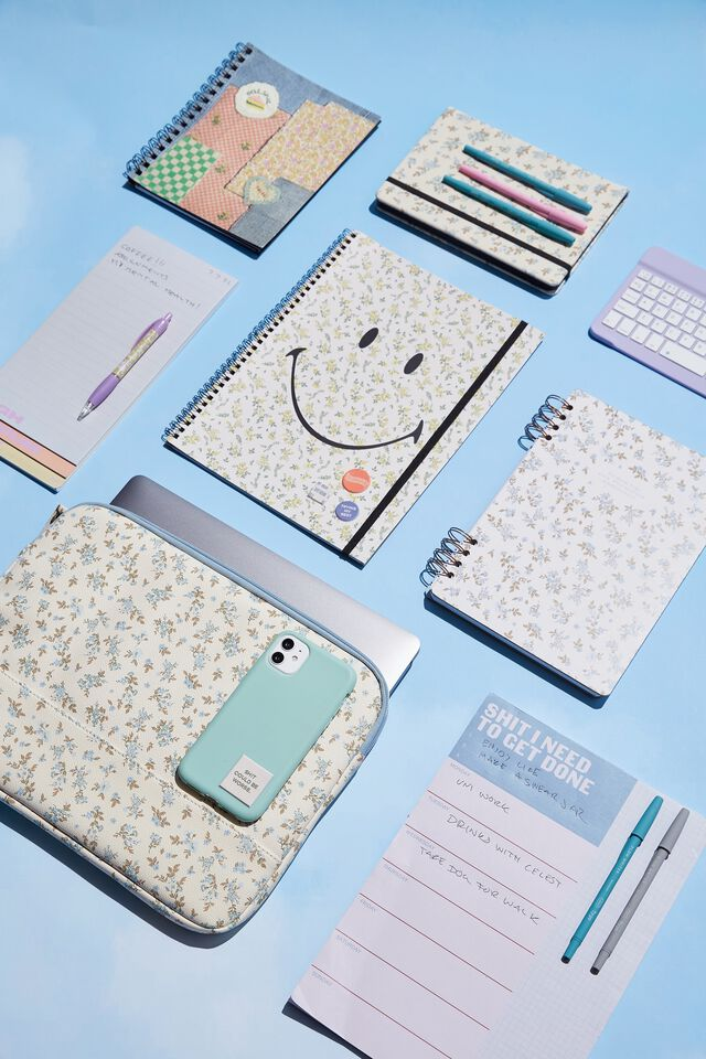 A4 Smiley Spinout Notebook Recycled, LCN SMI SMILEY DITSY FLORAL