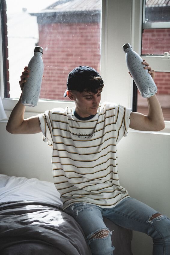 1L Metal Drink Bottle, WHITE WITH BLACK SPLATTER