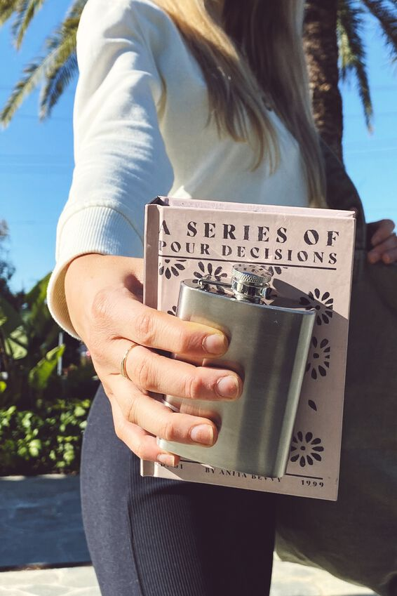 Flask In A Book, SERIES OF POUR DECISIONS