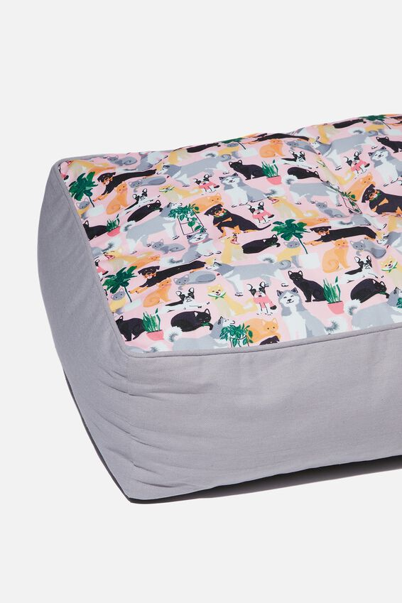 Small Printed Pet Bed, DOGGO PRINT