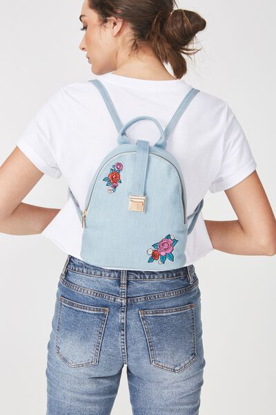 Buckle Backpack, CHAMBRAY WITH ROSE PATCHES