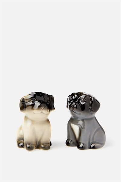 Novelty Shakers, PUGS