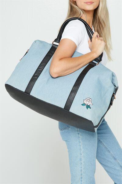 Neo Weekender Duffel Bag, CHAMBRAY ROSES