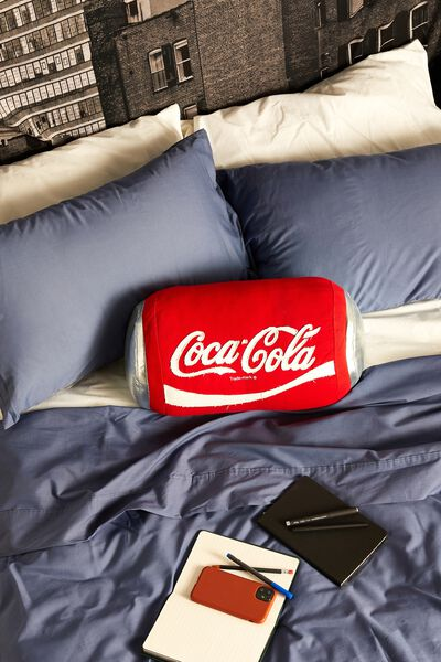 Canvas Cushy Cushion, LCN COK COKE CAN