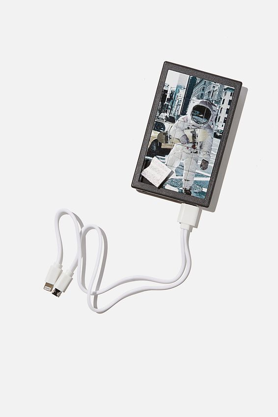 Portable Boredom Charger, ASTRONAUGHT