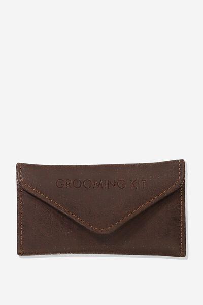 Premium Grooming Kit, RICH TAN