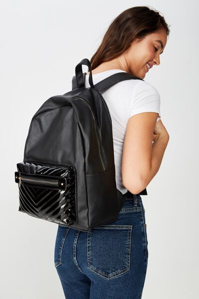 Commuter Backpack, BLACK CHEVRON QUILT POCKET