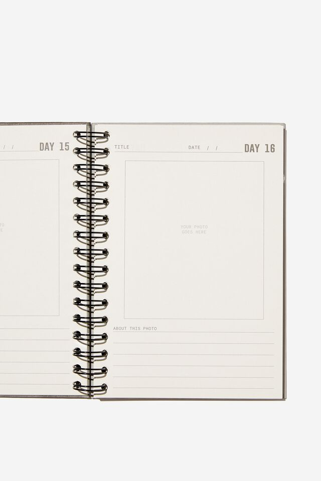 A5 Fashion Activity Journal, ONE PHOTO A DAY VOL.2