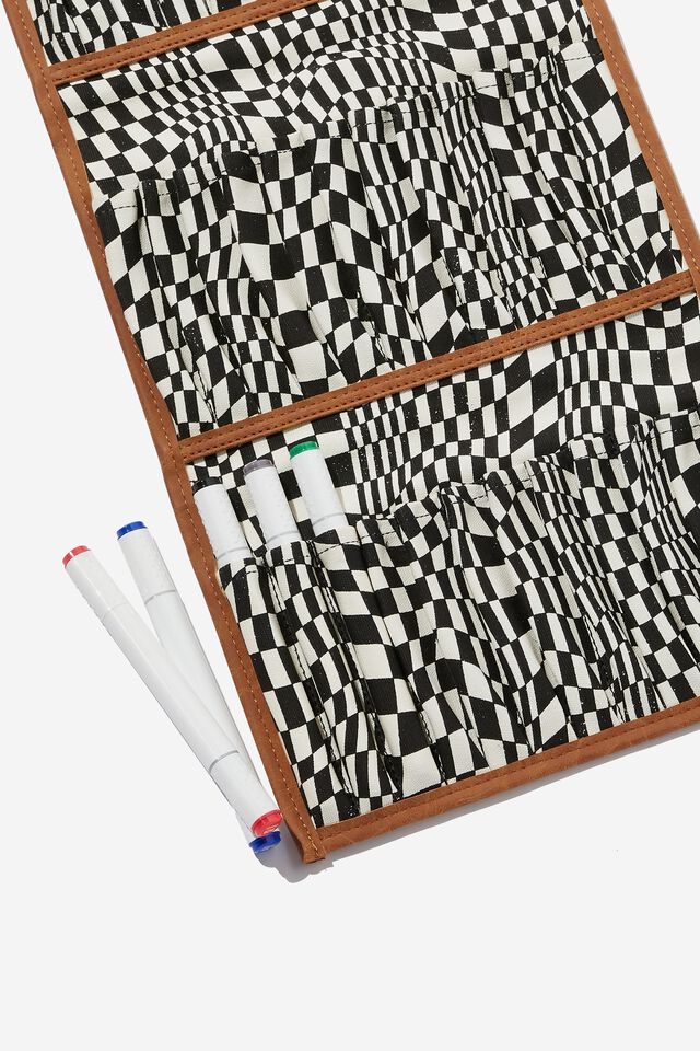 Artists  Marker Case 36, WARP CHECKERBOARD BLACK