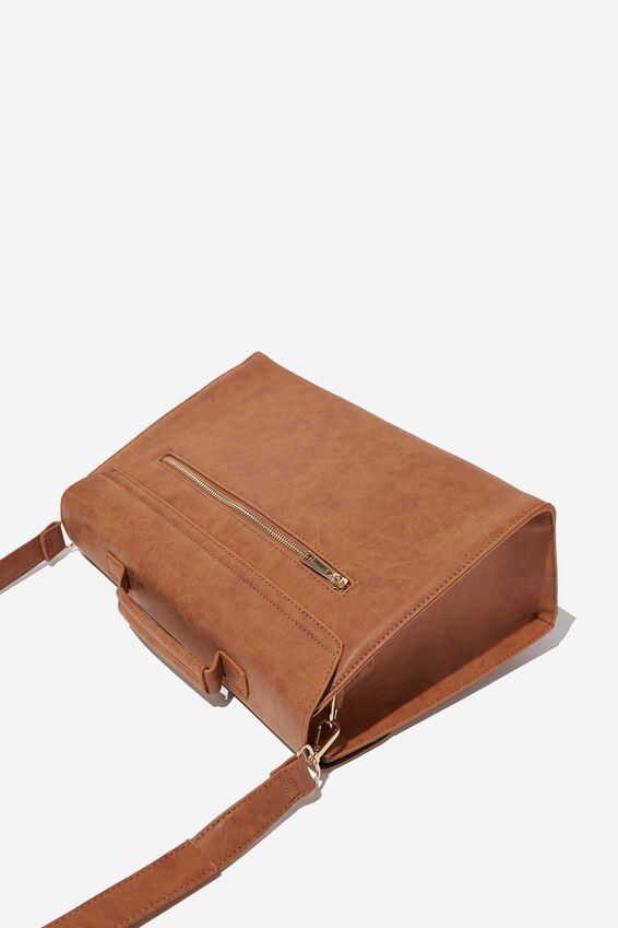 Nuevo Satchel Bag, LCN WB MID TAN HOGWARTS EMBLEM