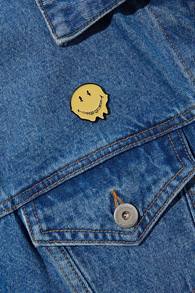 Enamel Badges, LCN SMI SMILEY FACE WARPED