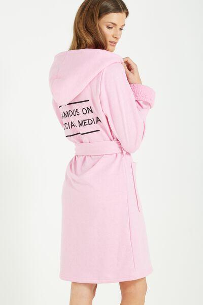 Bath Robe, FAMOUS ON SOCIAL MEDIA