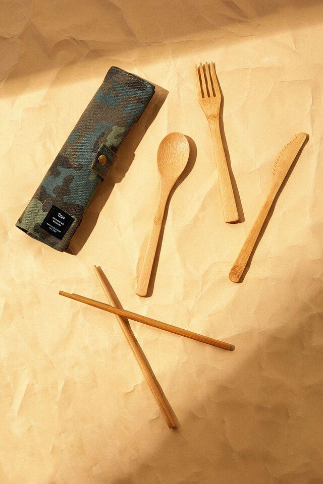 Cut My Lunch Cutlery Roll, CAMO