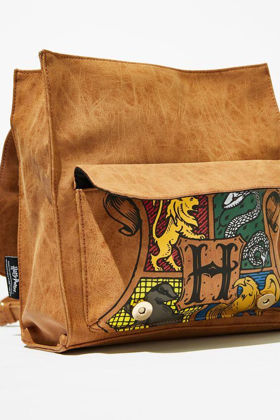Buffalo Satchel Backpack, LCN WB HPO TAN OVERSIZED HOGWARTS CREST