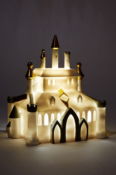 Large Shaped Novelty Light, LCN DIS GN PRINCESS CASTLE