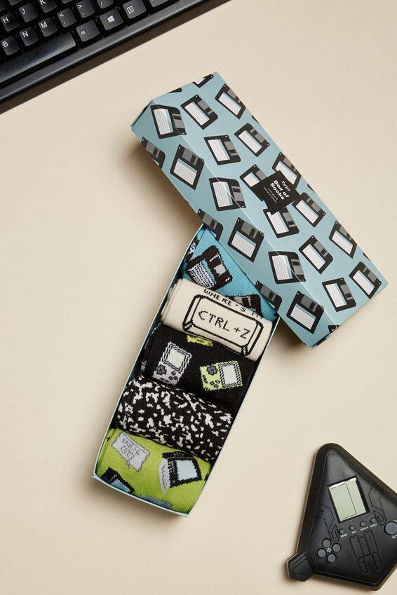 Box Of Socks, RETRO TECH