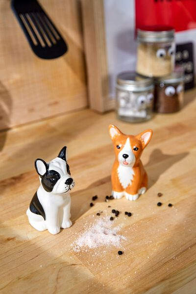 Novelty Shakers, DOGS