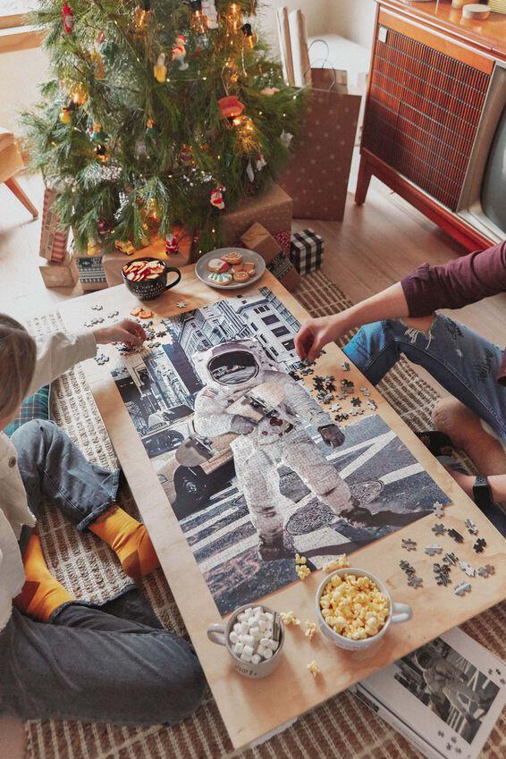 1000 Piece Puzzle, ASTRO SKATE