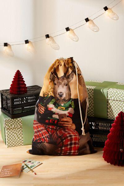 Santa Sack, REINDEER RELAX!