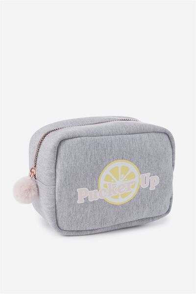 Essential Cosmetic Bag, PUCKER UP