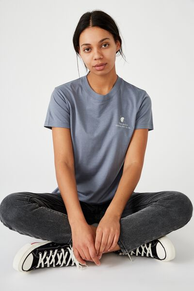 Classic Arts T Shirt, MOON MADE ME/FLINT STONE