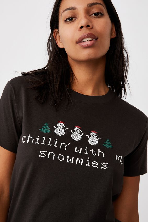 Classic Christmas T Shirt, CHILLIN/WASHED BLACK