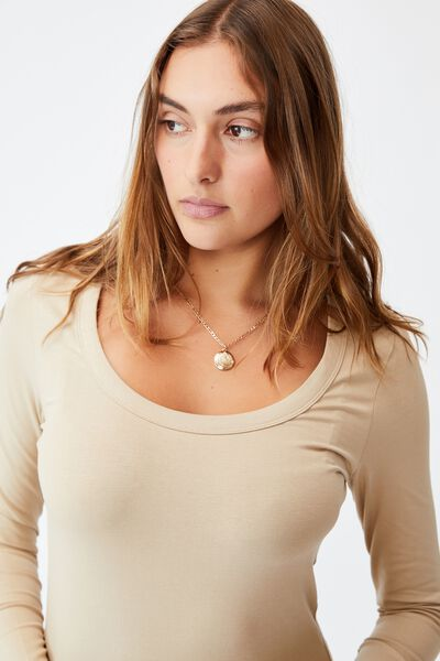The Everyday Scooped Long Sleeve Top, LINEN TAUPE