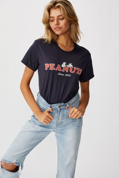 Classic Tv Movie T Shirt, LCN PEA PEANUTS SNOOPY SLEEPING/WASHED MOONLIGHT