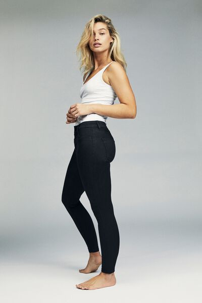Mid Rise Jegging, BLACK