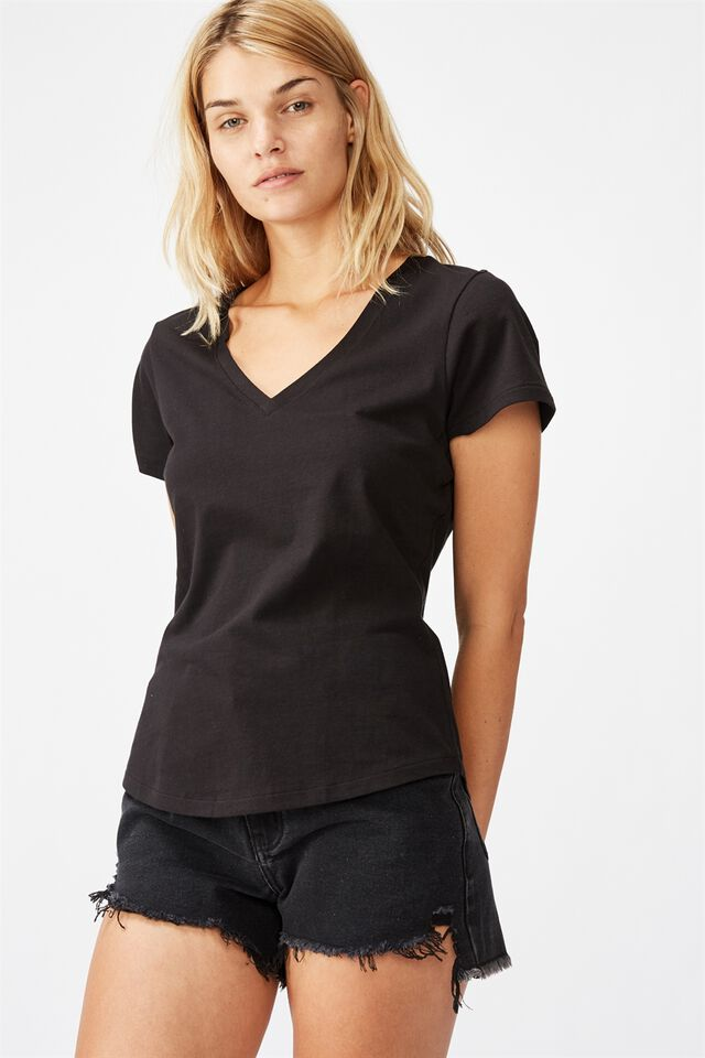 The One Fitted V Tee, BLACK