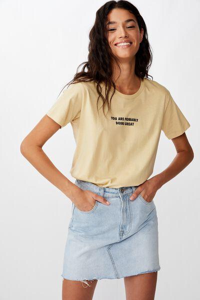 Classic Slogan T Shirt, DOING GREAT/DESERT