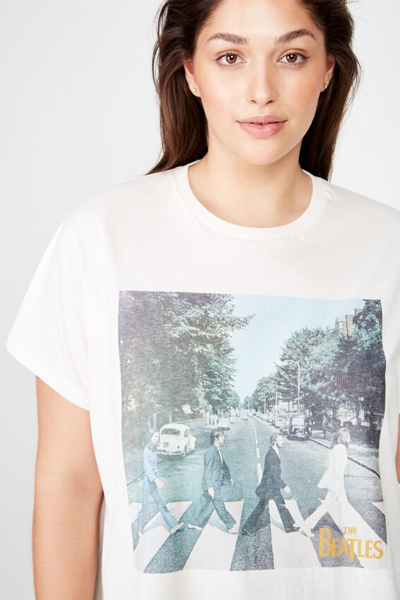 Curve Graphic License Tee, LCN APP BEATLES ABBEY ROAD GARDENIA