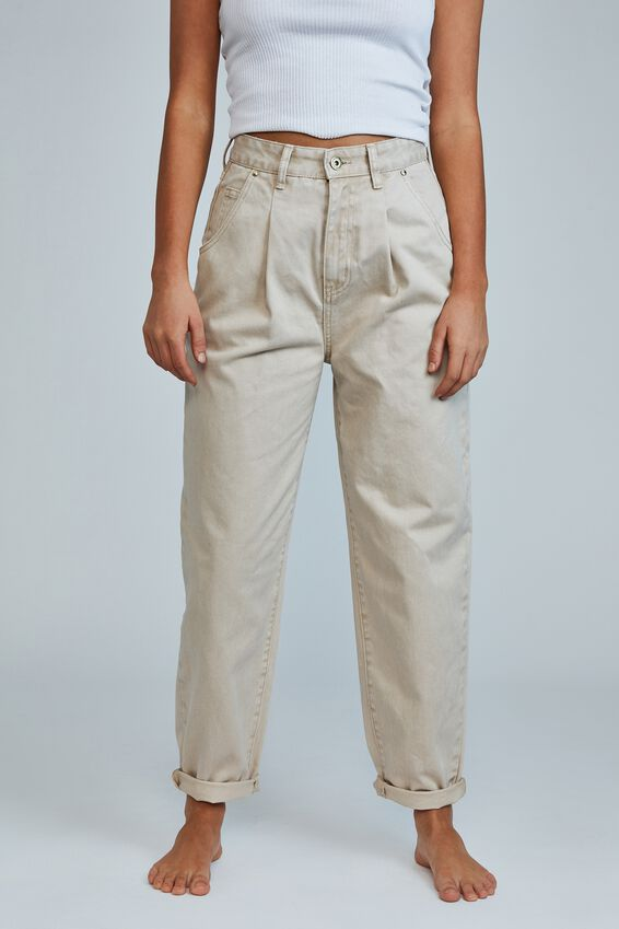 Slouch Mom Jean (Pleat), SANDSTONE PLEAT