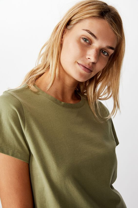 The One Crew Tee, OIL GREEN