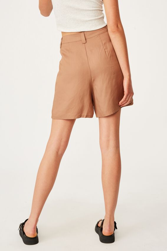 Long Bermuda Short, HERITAGE BROWN