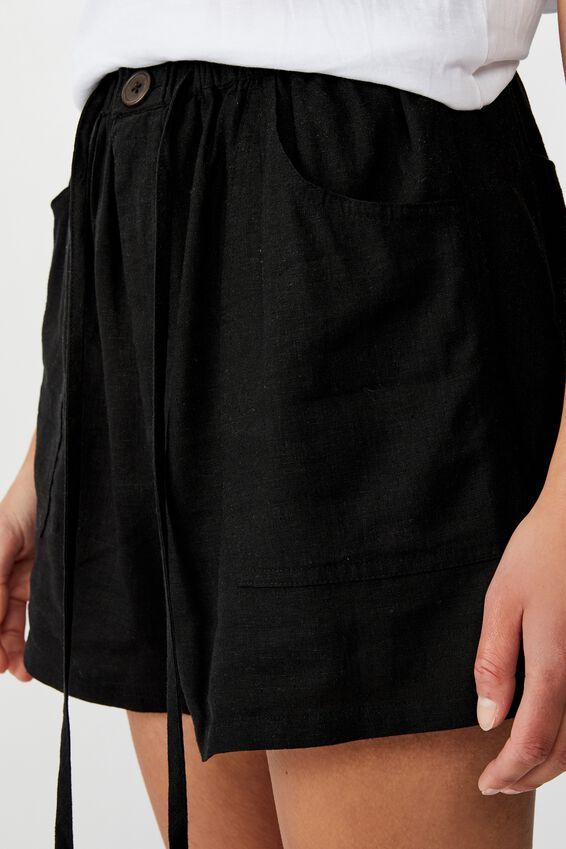 Drapey Longline Short, BLACK