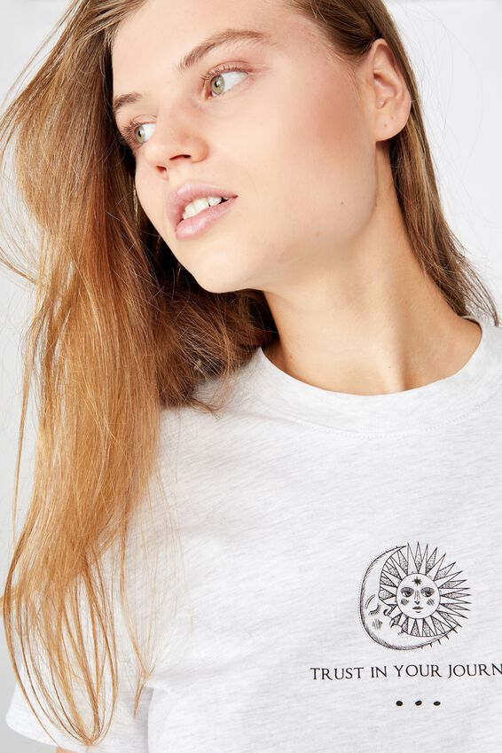 Classic Arts T Shirt, TRUST YOUR JOURNEY/SILVER MARLE