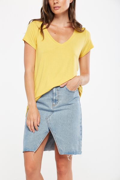 Keira Short Sleeve V-Neck T Shirt, HONEY MUSTARD