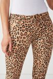 Mid Rise Jegging, LEOPARD