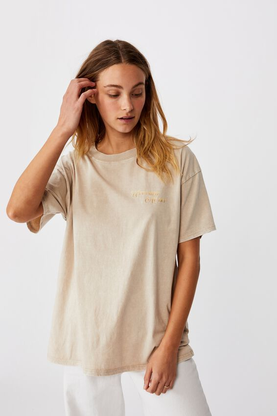 The Original Graphic Tee, UNTAMED HEART/LATTE