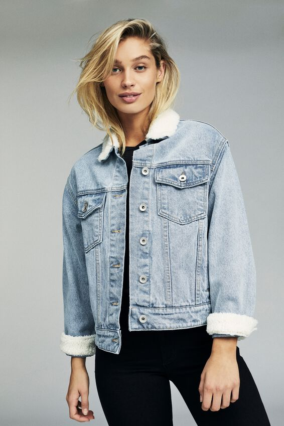 Boyfriend Sherpa Trucker Denim Jacket, WASHED VINTAGE BLUE