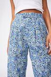 Ultimate Pleat Pant, HANNAH FLORAL BLUE DAISY