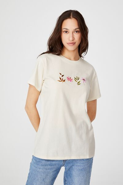 Classic Arts T Shirt, LEAVES AND FLOWERS/WHITE SAND