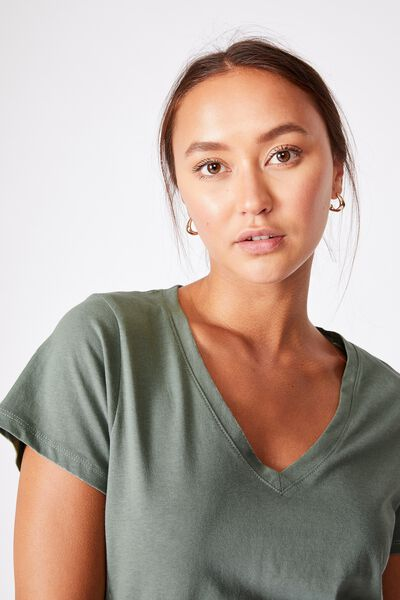 The One Fitted V Tee, FALL GREEN