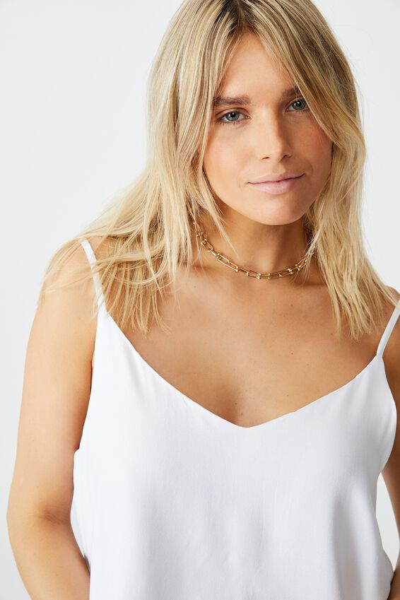 Astrid Cami, WHITE