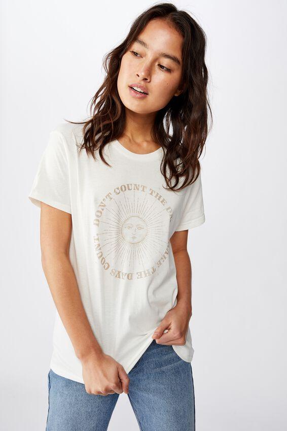 Classic Arts T Shirt, MAKE THE DAYS COUNT/GARDENIA