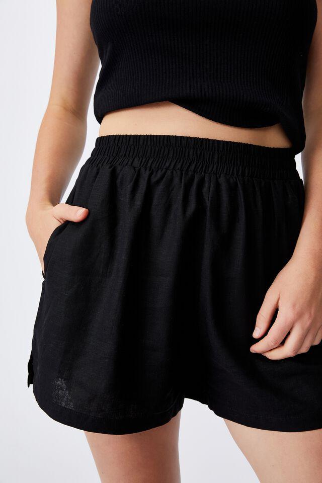 Sunseeker Short, BLACK