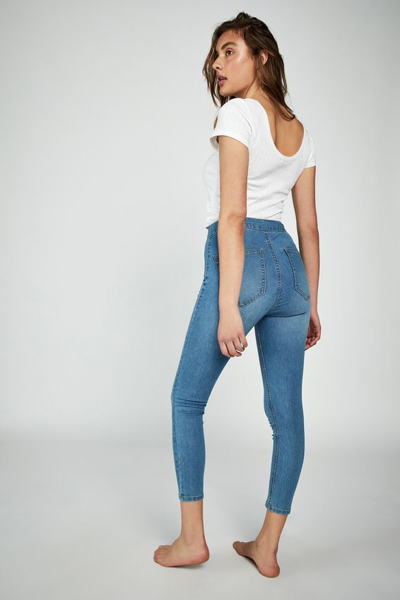 High Rise Capri Jegging, BELLS BLUE