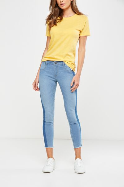 Mid Rise Capri Jegging, SOFT BLUE SIDE PANEL